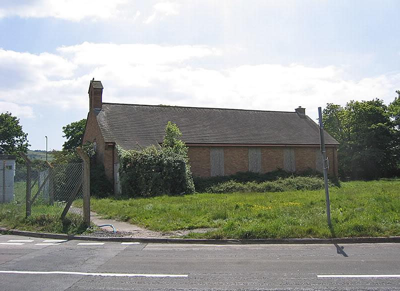 derelict-chapel-2011